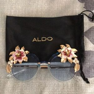 Aldo floral sunglasses 🕶